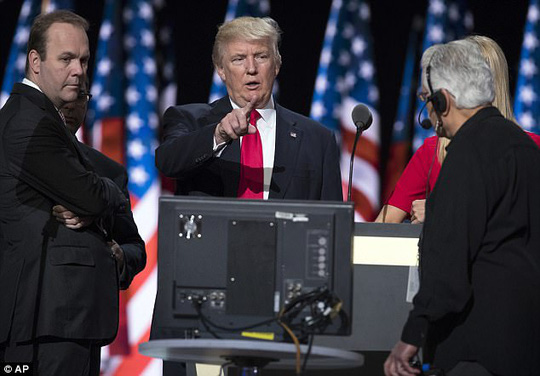 """Cựu quản lý chiến dịch tranh cử của ông Donald Trump """"đầu thú"""" - Ảnh 4."""