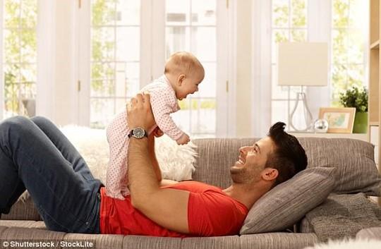 Nam giới có nên có con khi đã vào tuổi trung niên? - Ảnh 2.