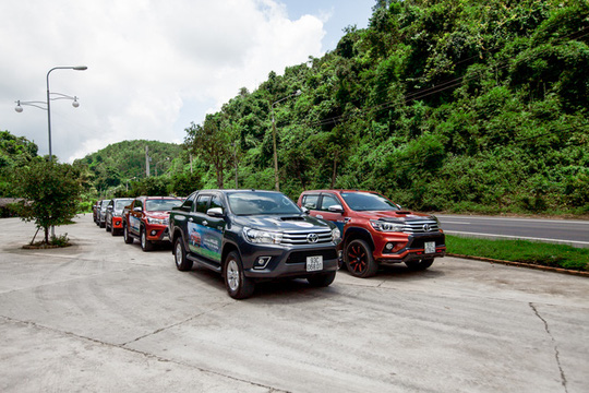Người Việt bắt đầu chuộng xe bán tải hơn là ô tô con - Ảnh 1.