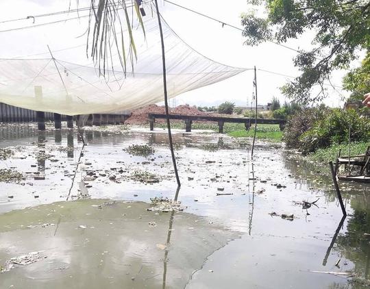 Trạm xử lý nước thải làm khổ dân