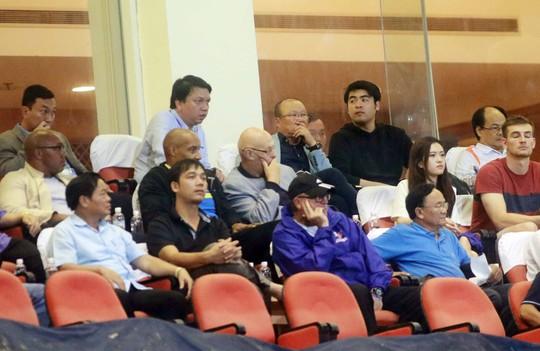 Thắng 5 sao Campuchia, Việt Nam đặt 1 chân vào VCK Asian Cup - Ảnh 6.