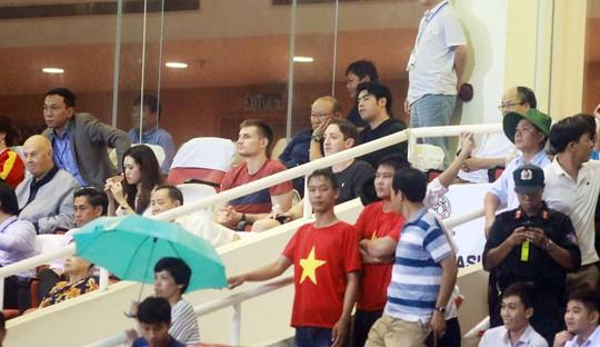 Thắng 5 sao Campuchia, Việt Nam đặt 1 chân vào VCK Asian Cup - Ảnh 5.