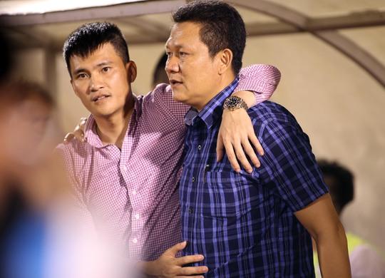 HLV HAGL Nguyễn Quốc Tuấn từ chức - Ảnh 1.