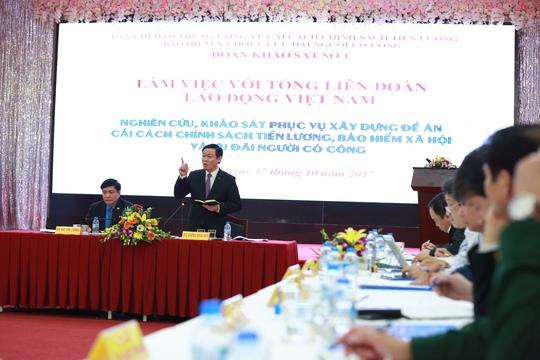 Phó Thủ tướng: Không tinh giản biên chế, khó cải cách tiền lương - Ảnh 1.