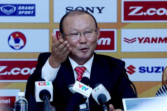 Ai hưởng lương cao hơn HLV Park Hang Seo? - Ảnh 2.