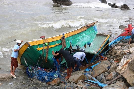 Bão số 2: Tan hoang ở cảng Hòn La sau bão đi qua - Ảnh 7.