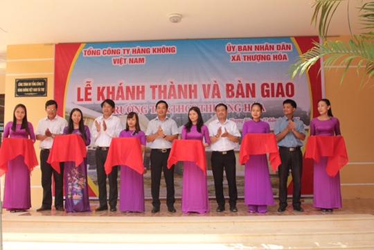 Vietnam Airlines xây trường tặng học sinh vùng cao Quảng Bình - Ảnh 2.