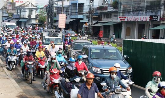 """Kẹt xe """"kỷ lục"""" ở Nha Trang"""