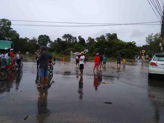 Phú Quốc: Nhà dân bị ngập do suối thoát nước bị lấn - Ảnh 7.