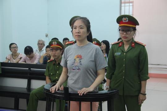 Đề nghị 8-10 năm tù đối với mẹ Nấm - Ảnh 1.