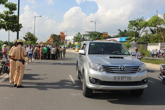 Thanh niên 19 tuổi tử nạn trên đường Phạm Văn Đồng - Ảnh 1.