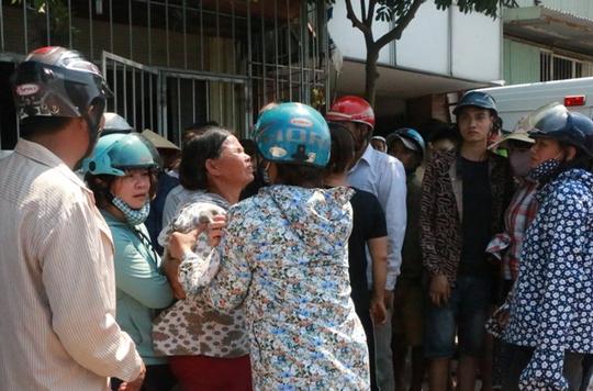Cháy xưởng bánh kẹo ở Hà Nội, 8 người tử vong - Ảnh 8.