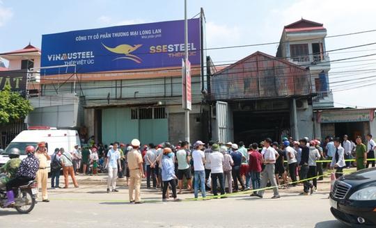 Cháy xưởng bánh kẹo ở Hà Nội, 8 người tử vong - Ảnh 12.
