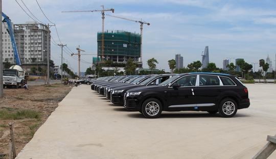 Giải mã lượng xe nhập giảm, giá tăng 300 triệu đồng - Ảnh 1.