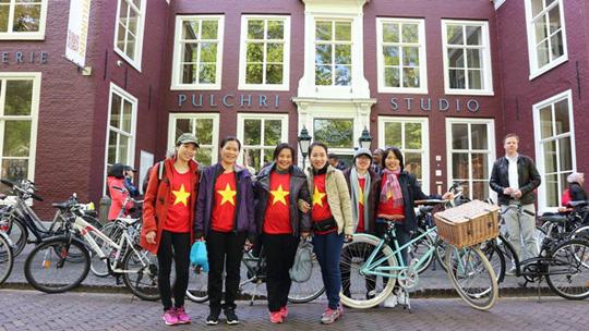 Kỳ thú đạp xe kiểu Hà Lan - Ảnh 2.