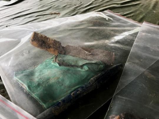 Toàn cảnh tìm hài cốt liệt sĩ ở sân bay Tân Sơn Nhất - Ảnh 4.
