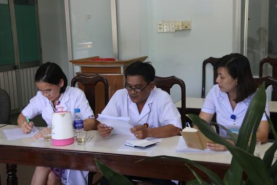 Người nhà bé chết ở Quảng Nam bất phục giải thích của bệnh viện  - Ảnh 3.
