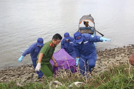 Phát hiện thi thể cô gái trẻ nổi trên sông Sài Gòn - Ảnh 1.