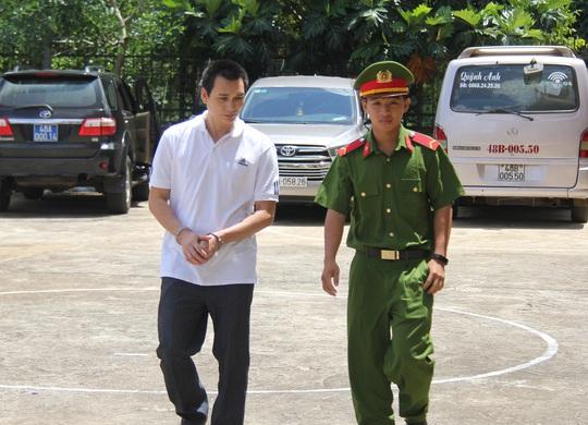 Nguyên phó phòng công an tỉnh lãnh 10 năm tù