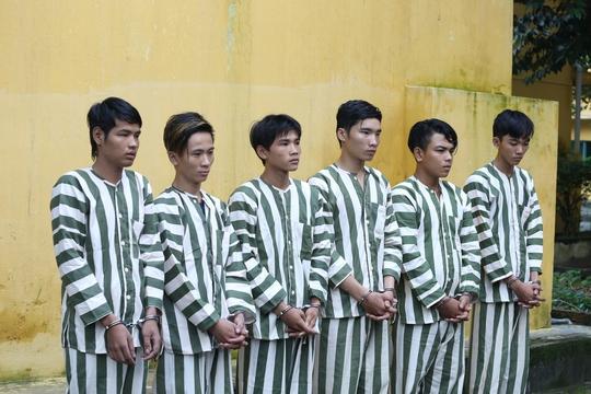6 đối tượng vừa bị bắt giữ tuổi đời từ 17 đến 23