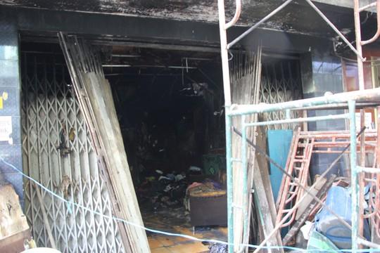 TP HCM: Cháy nhà ở quận 11, 3 mẹ con tử vong - Ảnh 1.