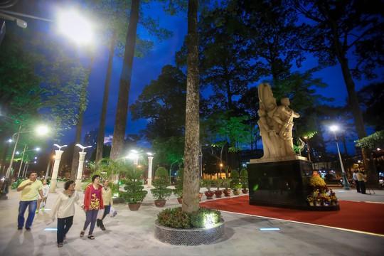 Mãn nhãn với quảng trường - nhạc nước  tại Công viên Văn Lang. - Ảnh 3.
