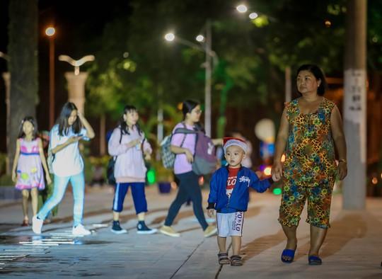 Mãn nhãn với quảng trường - nhạc nước  tại Công viên Văn Lang. - Ảnh 11.