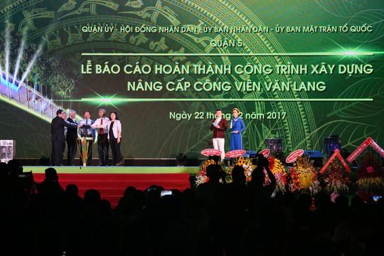 Mãn nhãn với quảng trường - nhạc nước  tại Công viên Văn Lang. - Ảnh 1.