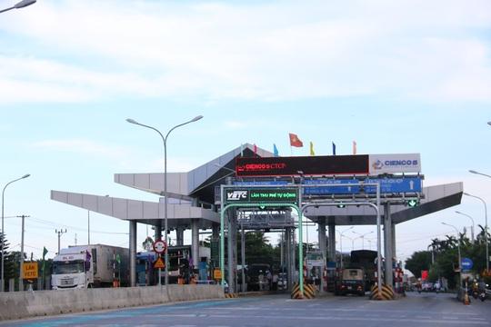 Quảng Nam đóng cửa họp bàn giảm phí 2 trạm BOT - Ảnh 1.