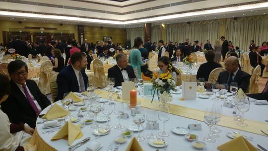 Tổng thống Donald Trump: Việt Nam là một trong những điều tuyệt vời trên thế giới - Ảnh 20.