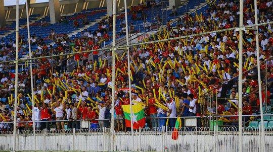 Thua ngược Myanmar 5 phút cuối, U18 Việt Nam bị loại cay đắng - Ảnh 3.