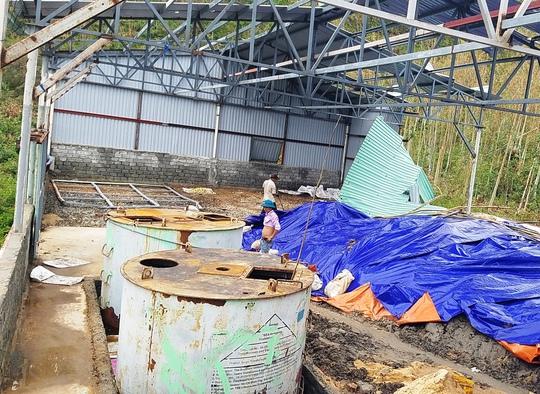 Kho hóa chất Made in China ở Quảng Bình chỉ là chất tẩy rửa? - Ảnh 1.