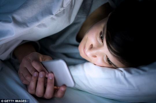 Chống mất ngủ không cần thuốc - Ảnh 1.