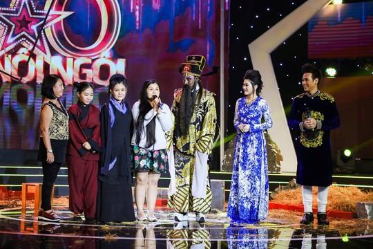 Khoảnh khắc xúc động nghẹn ngào của gia đình Lê Nguyễn Trường Giang - Ảnh 2.