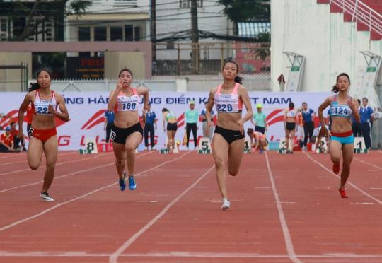 Lê Tú Chinh vượt thành tích SEA Games 2017 - Ảnh 1.