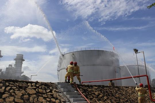 3 tỉnh, thành diễn tập chữa cháy tại Nhiệt điện Phú Mỹ - Ảnh 1.