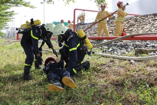 3 tỉnh, thành diễn tập chữa cháy tại Nhiệt điện Phú Mỹ - Ảnh 9.