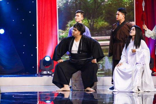 Việt Hương cười không ngừng với Next Top Model làng hài - Ảnh 6.