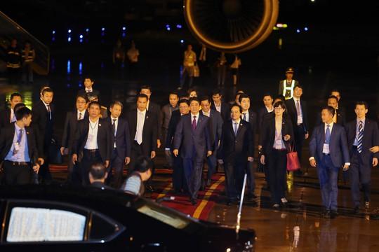 APEC 2017: Thủ tướng Nhật đến Đà Nẵng lúc 21 giờ - Ảnh 12.