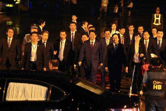 APEC 2017: Thủ tướng Nhật đến Đà Nẵng lúc 21 giờ - Ảnh 13.