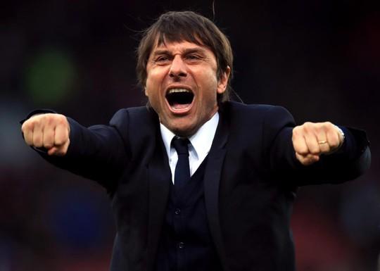 Chelsea sẵn sàng chi 100 triệu bảng mua 2 hậu vệ Juventus - Ảnh 3.
