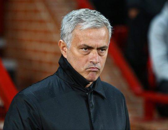 Mourinho không vui sau trận thắng Basel - Ảnh 1.