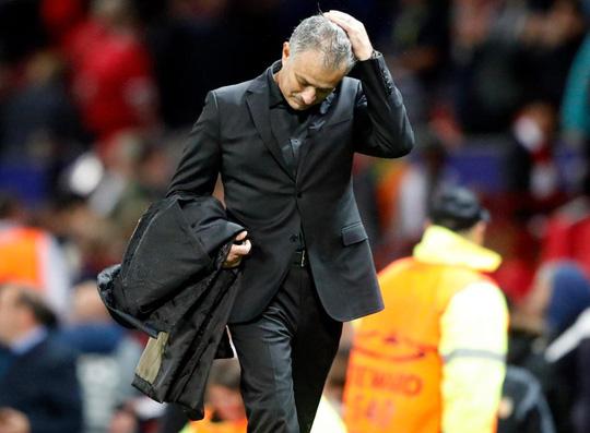 Mourinho không vui sau trận thắng Basel - Ảnh 3.