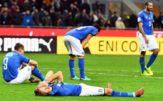 Ý bị loại: Ventura xin lỗi, Buffon khóc ngất - Ảnh 1.