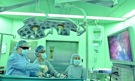 Kỹ thuật mới trị bệnh đàn ông - Ảnh 1.