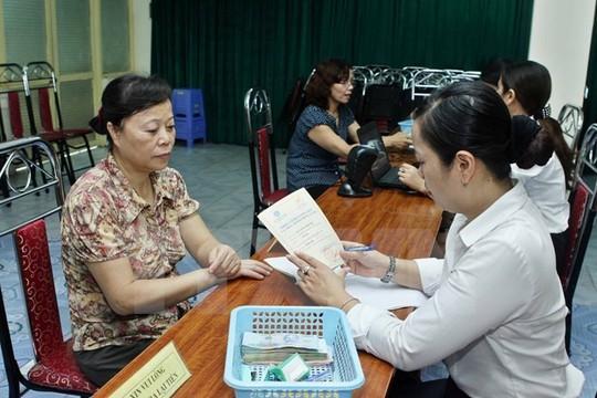 Lao động nữ vẫn sẽ bị giảm lương hưu từ 1-1-2018? - Ảnh 1.
