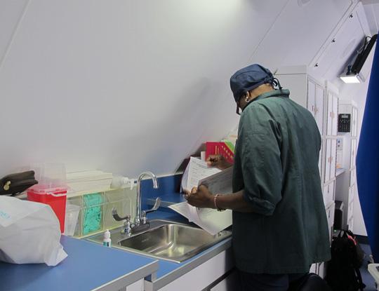 Soi nội thất bệnh viện bay hiện đại số 1 thế giới - Ảnh 35.
