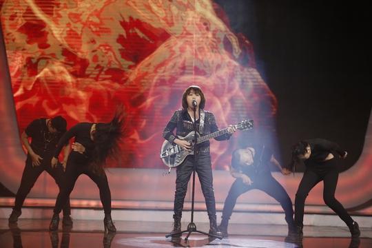 Thiên Khôi đăng quang Thần tượng âm nhạc nhí 2017 - Ảnh 2.