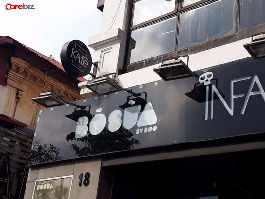 Tại Hà Nội, the Kafe đã đóng cửa địa điểm 18, Điện Biên Phủ (một trong những địa điểm đầu tiên của chuỗi). Mặc dù biển hiệu vẫn chưa bị dỡ nhưng vị trí này đã thuộc về một thương hiệu quần áo khác. Ảnh: Hồng Nhung.