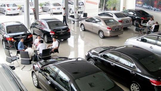 Thị trường ô tô hồi hộp chờ quy định mới - Ảnh 2.